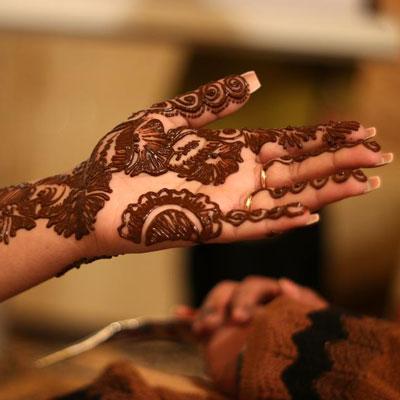 henna_louaya_main